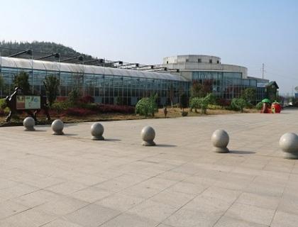 玻璃温室外景展示